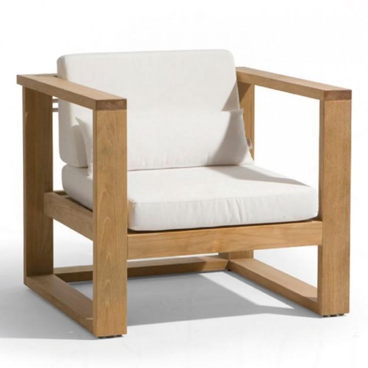 Patio chair. Mahogany.