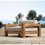 Tokatoka lounge armchair. Mahogany.